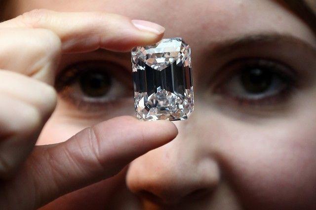 s Preview A 100 Carat Diamond