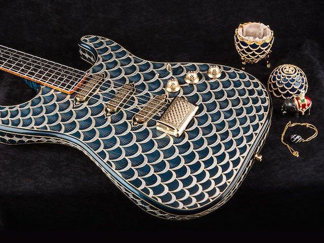 Pine Cone Stratocaster