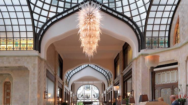 gresham-palace-four-seasons-hotel-lobby
