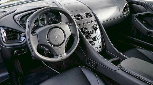 2015 Aston Martin Vanquish Cabin
