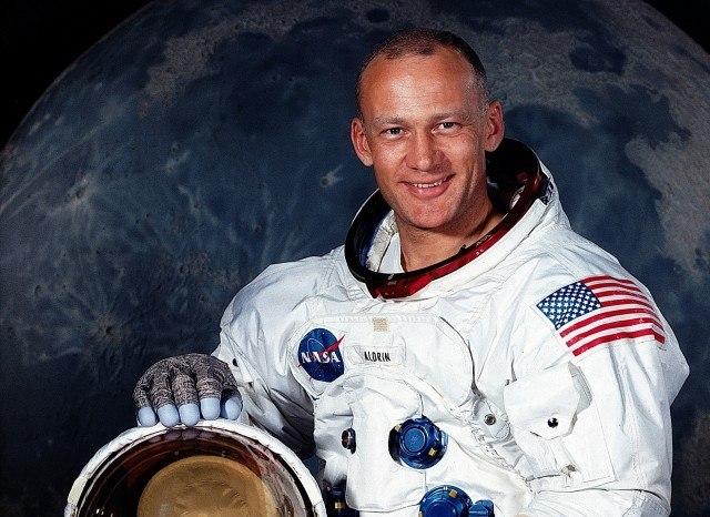 Buzz Aldrin10 Most Influential MIT Alumni - Buzz Aldrin