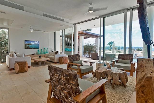 Ani Estate has a stylish living room