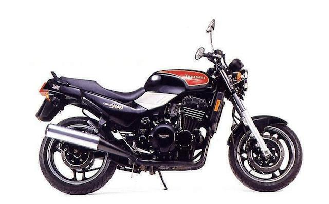 Triumph Trident 900