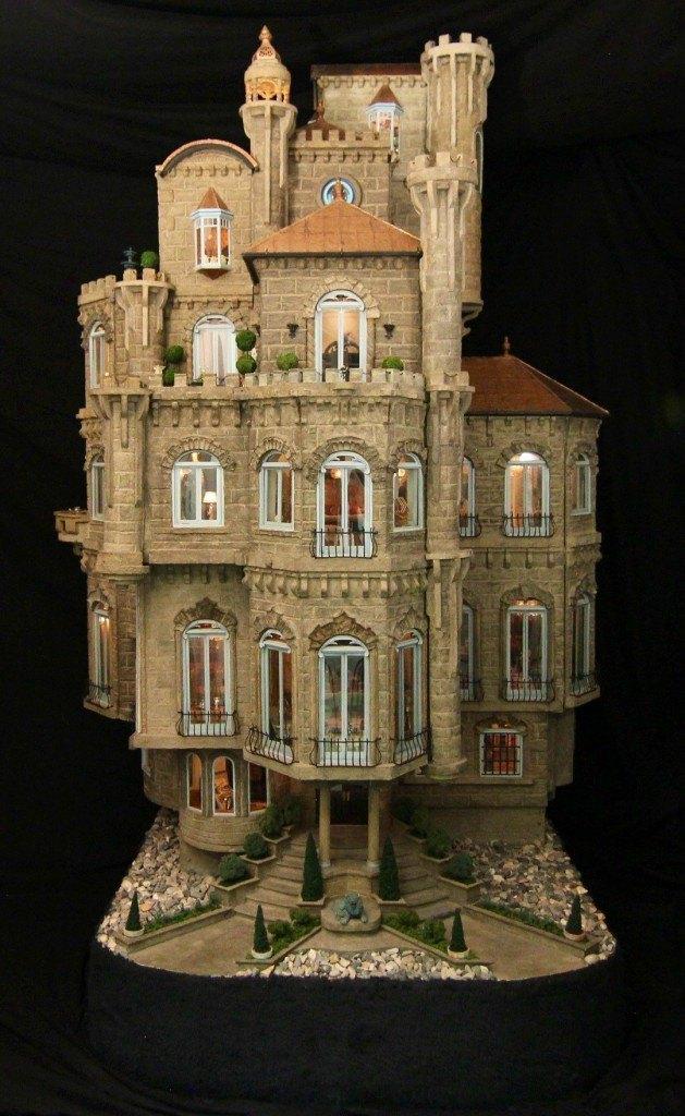 The Astolat Dollhouse Castle
