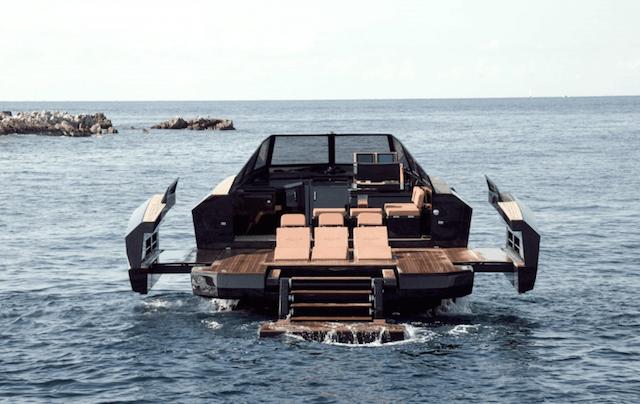 Evo 43 Transforming Yacht rear