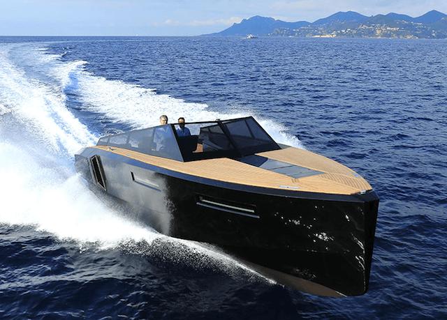 Evo 43 Transforming Yacht