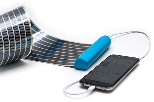 infinityPV HeLI-on Portable Solar Charger