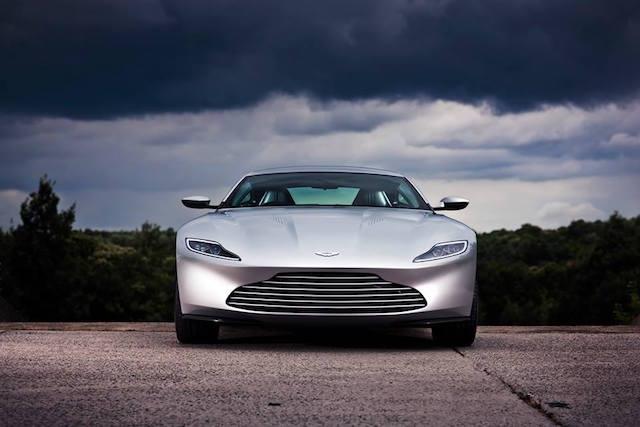 Aston Martin DB10 2