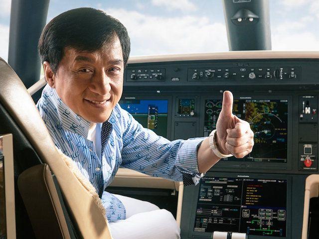 Jackie Chan Embraer Legacy 500 4
