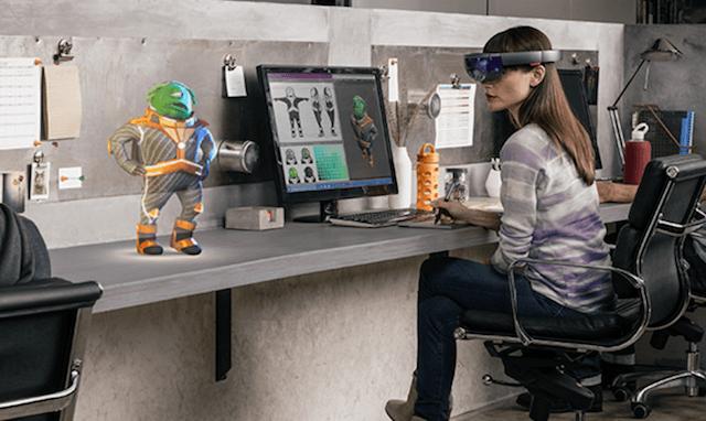 Microsoft HoloLens 4