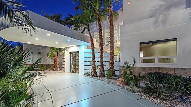 Mike Tyson Las Vegas Home entrance