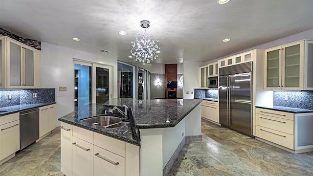 Mike Tyson Las Vegas Home kitchen