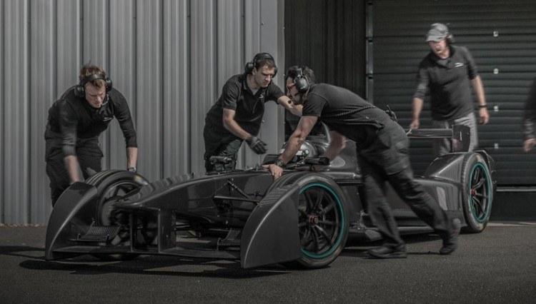 05-jaguar-formula-e-i-type-1